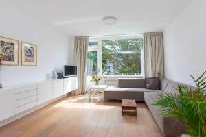Bekijk appartement te huur in Badhoevedorp Meidoornweg, € 1550, 58m2 - 374741. Geïnteresseerd? Bekijk dan deze appartement en laat een bericht achter!