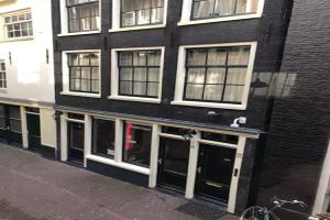 Bekijk woning te huur in Amsterdam O. Nieuwstraat, € 2750, 90m2 - 342928. Geïnteresseerd? Bekijk dan deze woning en laat een bericht achter!
