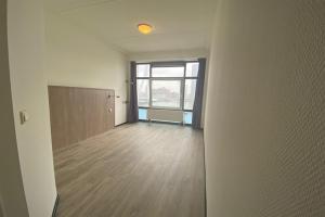 Bekijk kamer te huur in Rotterdam Willemskade, € 685, 22m2 - 399339. Geïnteresseerd? Bekijk dan deze kamer en laat een bericht achter!