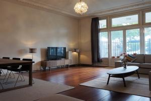 Bekijk studio te huur in Rotterdam Haringvliet, € 1150, 85m2 - 364825. Geïnteresseerd? Bekijk dan deze studio en laat een bericht achter!