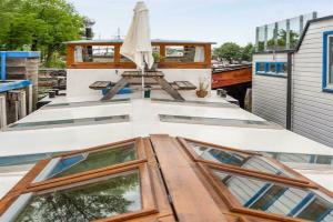 Bekijk woning te huur in Amsterdam Amsteldijk, € 1425, 65m2 - 376624. Geïnteresseerd? Bekijk dan deze woning en laat een bericht achter!