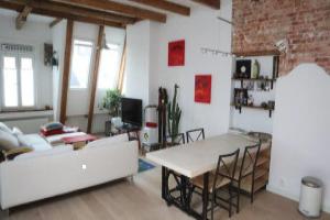 Bekijk appartement te huur in Amsterdam De Clercqstraat, € 1900, 65m2 - 378201. Geïnteresseerd? Bekijk dan deze appartement en laat een bericht achter!