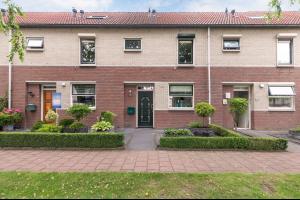 Bekijk woning te huur in Enschede Toccatastraat, € 895, 98m2 - 329201. Geïnteresseerd? Bekijk dan deze woning en laat een bericht achter!