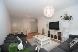 For rent: Apartment Prins Bernhardlaan, Voorburg - 1