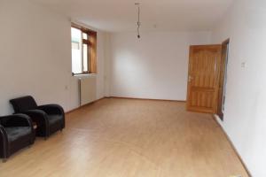 Bekijk woning te huur in Halsteren Dorpsstraat, € 900, 130m2 - 385584. Geïnteresseerd? Bekijk dan deze woning en laat een bericht achter!