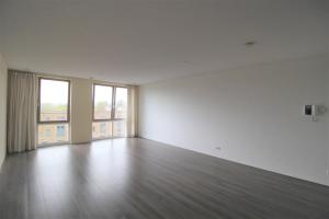 Bekijk appartement te huur in Amsterdam Nieuwe Osdorpergracht, € 1550, 80m2 - 376336. Geïnteresseerd? Bekijk dan deze appartement en laat een bericht achter!
