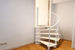 Bekijk appartement te huur in Amsterdam Huidekoperstraat, € 1795, 60m2 - 377714. Geïnteresseerd? Bekijk dan deze appartement en laat een bericht achter!
