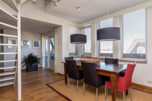 Bekijk appartement te huur in Best Pelgrimshei, € 1850, 174m2 - 374918. Geïnteresseerd? Bekijk dan deze appartement en laat een bericht achter!