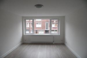 Bekijk appartement te huur in Den Haag Linnaeusstraat, € 850, 65m2 - 366640. Geïnteresseerd? Bekijk dan deze appartement en laat een bericht achter!