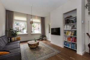 For rent: House Oude Terheijdenseweg, Breda - 1