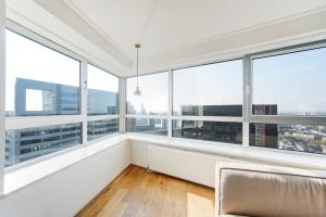 Bekijk appartement te huur in Rotterdam Bulgersteyn, € 1950, 90m2 - 365800. Geïnteresseerd? Bekijk dan deze appartement en laat een bericht achter!
