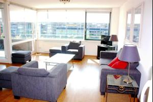 Bekijk appartement te huur in Amstelveen Rembrandtweg, € 1850, 106m2 - 285142. Geïnteresseerd? Bekijk dan deze appartement en laat een bericht achter!