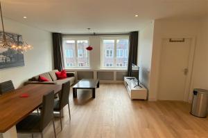 Bekijk appartement te huur in Amsterdam Van Spilbergenstraat, € 1600, 50m2 - 380523. Geïnteresseerd? Bekijk dan deze appartement en laat een bericht achter!