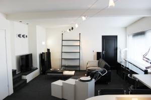 Bekijk appartement te huur in Rotterdam Kralingse Plaslaan, € 1495, 60m2 - 376434. Geïnteresseerd? Bekijk dan deze appartement en laat een bericht achter!