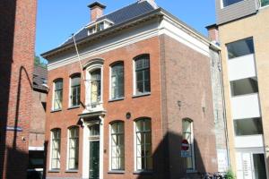 Bekijk appartement te huur in Groningen Jacobijnerstraat, € 1950, 200m2 - 394349. Geïnteresseerd? Bekijk dan deze appartement en laat een bericht achter!
