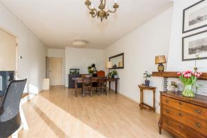 Bekijk appartement te huur in Rotterdam Schiedamseweg Beneden, € 600, 70m2 - 335651. Geïnteresseerd? Bekijk dan deze appartement en laat een bericht achter!