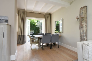 View house for rent in Laren Nh Zevenenderdrift, € 1800, 73m2 - 379738. Interested? check out this house and leave a message!