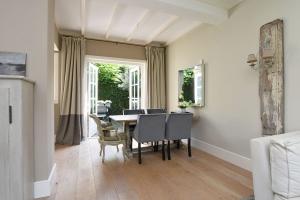 Bekijk woning te huur in Laren Nh Zevenenderdrift, € 1800, 73m2 - 379738. Geïnteresseerd? Bekijk dan deze woning en laat een bericht achter!
