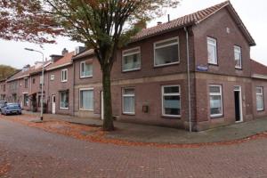 Bekijk kamer te huur in Tilburg M. Stokestraat, € 325, 14m2 - 354259. Geïnteresseerd? Bekijk dan deze kamer en laat een bericht achter!