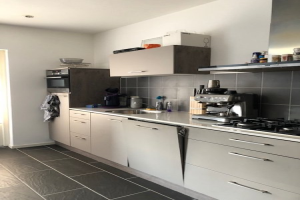 View house for rent in Veldhoven 17 Septemberstraat, € 1495, 125m2 - 376024. Interested? check out this house and leave a message!