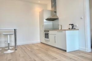 Bekijk appartement te huur in Den Haag J. Camphuijsstraat: Furnished apartement - € 1295, 65m2 - 355050