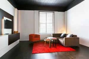Bekijk studio te huur in Eindhoven N. Emmasingel, € 1150, 43m2 - 350095. Geïnteresseerd? Bekijk dan deze studio en laat een bericht achter!