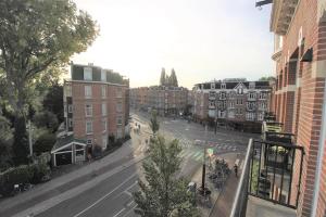 Bekijk appartement te huur in Amsterdam A.d. Ruijterweg, € 1850, 70m2 - 352837. Geïnteresseerd? Bekijk dan deze appartement en laat een bericht achter!