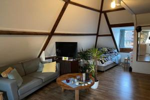 Te huur: Appartement Loosdrechtseweg, Hilversum - 1