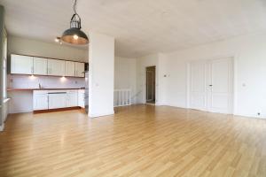 Bekijk appartement te huur in Den Haag Amsterdamsestraat, € 1295, 80m2 - 368787. Geïnteresseerd? Bekijk dan deze appartement en laat een bericht achter!