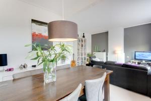 Bekijk appartement te huur in Utrecht Johannes Uitenbogaertstraat, € 1250, 54m2 - 385622. Geïnteresseerd? Bekijk dan deze appartement en laat een bericht achter!