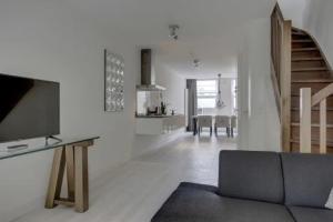 Bekijk appartement te huur in Amsterdam Bellamystraat, € 2450, 80m2 - 372299. Geïnteresseerd? Bekijk dan deze appartement en laat een bericht achter!