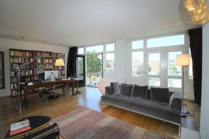 Bekijk appartement te huur in Amsterdam Prinseneiland, € 2450, 150m2 - 362847. Geïnteresseerd? Bekijk dan deze appartement en laat een bericht achter!