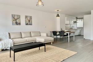 Bekijk woning te huur in Rotterdam Haagseveer, € 1800, 104m2 - 378937. Geïnteresseerd? Bekijk dan deze woning en laat een bericht achter!