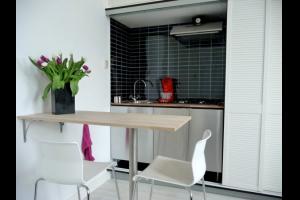 Bekijk studio te huur in Groningen Nieuweweg, € 925, 30m2 - 283961. Geïnteresseerd? Bekijk dan deze studio en laat een bericht achter!