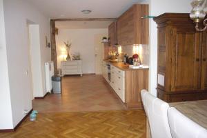 Bekijk appartement te huur in Simpelveld Vroenhofstraat, € 835, 100m2 - 374179. Geïnteresseerd? Bekijk dan deze appartement en laat een bericht achter!