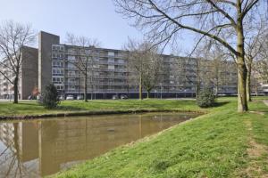 Bekijk appartement te huur in Den Bosch Kruiskampsingel: Ruim 3 kamerappartement in Den Bosch! - € 830, 88m2 - 353215