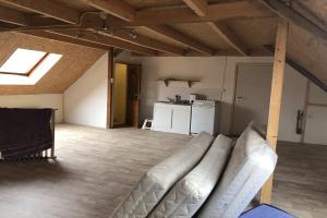 Bekijk studio te huur in Wijhe Hamelweg, € 400, 25m2 - 390627. Geïnteresseerd? Bekijk dan deze studio en laat een bericht achter!