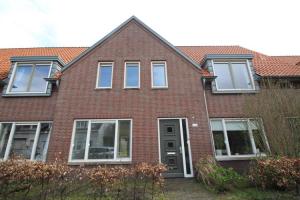 Bekijk woning te huur in Enschede Dennenweg, € 807, 125m2 - 297509. Geïnteresseerd? Bekijk dan deze woning en laat een bericht achter!