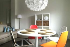 Bekijk studio te huur in Maastricht Koningin Emmaplein, € 920, 30m2 - 343015. Geïnteresseerd? Bekijk dan deze studio en laat een bericht achter!