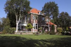 Bekijk woning te huur in Amsterdam Nieuwendammerdijk, € 5300, 305m2 - 340200. Geïnteresseerd? Bekijk dan deze woning en laat een bericht achter!