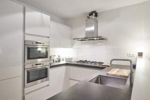 Bekijk appartement te huur in Amsterdam N. Maesstraat: Gemeubileerd Appartement - € 2350, 95m2 - 355095