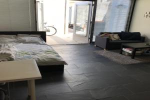 Bekijk kamer te huur in Tilburg D. Regenboogstraat, € 400, 32m2 - 348643. Geïnteresseerd? Bekijk dan deze kamer en laat een bericht achter!