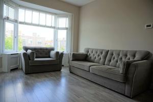 Bekijk appartement te huur in Den Haag Renswoudelaan, € 1250, 79m2 - 368275. Geïnteresseerd? Bekijk dan deze appartement en laat een bericht achter!