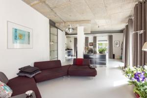 Bekijk woning te huur in Breda Wijngaardhof, € 2450, 172m2 - 373870. Geïnteresseerd? Bekijk dan deze woning en laat een bericht achter!