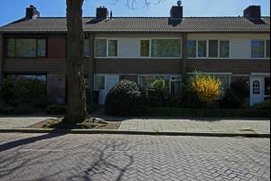 Bekijk woning te huur in Eindhoven Pieter Zeemanstraat, € 1250, 175m2 - 295379. Geïnteresseerd? Bekijk dan deze woning en laat een bericht achter!