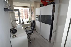 Bekijk appartement te huur in Beverwijk Trijntje Kemp-Haanstraat, € 1200, 150m2 - 383337. Geïnteresseerd? Bekijk dan deze appartement en laat een bericht achter!