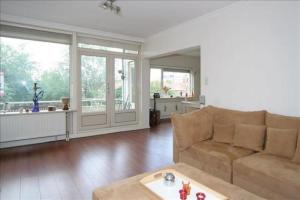 Bekijk appartement te huur in Dordrecht Oranjelaan, € 995, 80m2 - 288193. Geïnteresseerd? Bekijk dan deze appartement en laat een bericht achter!