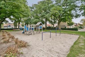 Bekijk woning te huur in Eindhoven Van Aitzemastraat, € 1150, 160m2 - 340893. Geïnteresseerd? Bekijk dan deze woning en laat een bericht achter!