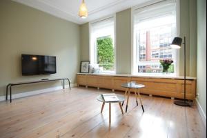 Bekijk appartement te huur in Amsterdam Gerard Doustraat: Appartement - € 1650, 43m2 - 324043