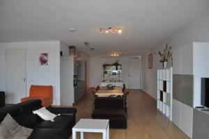 Bekijk appartement te huur in Rotterdam Grotemarkt, € 2195, 112m2 - 345173. Geïnteresseerd? Bekijk dan deze appartement en laat een bericht achter!